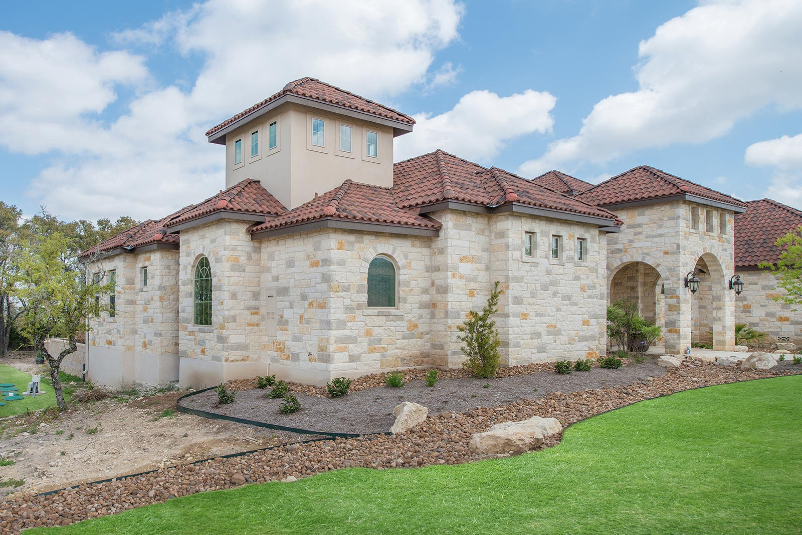 Timeless classic custom home builder san antonio for Hill country classic homes
