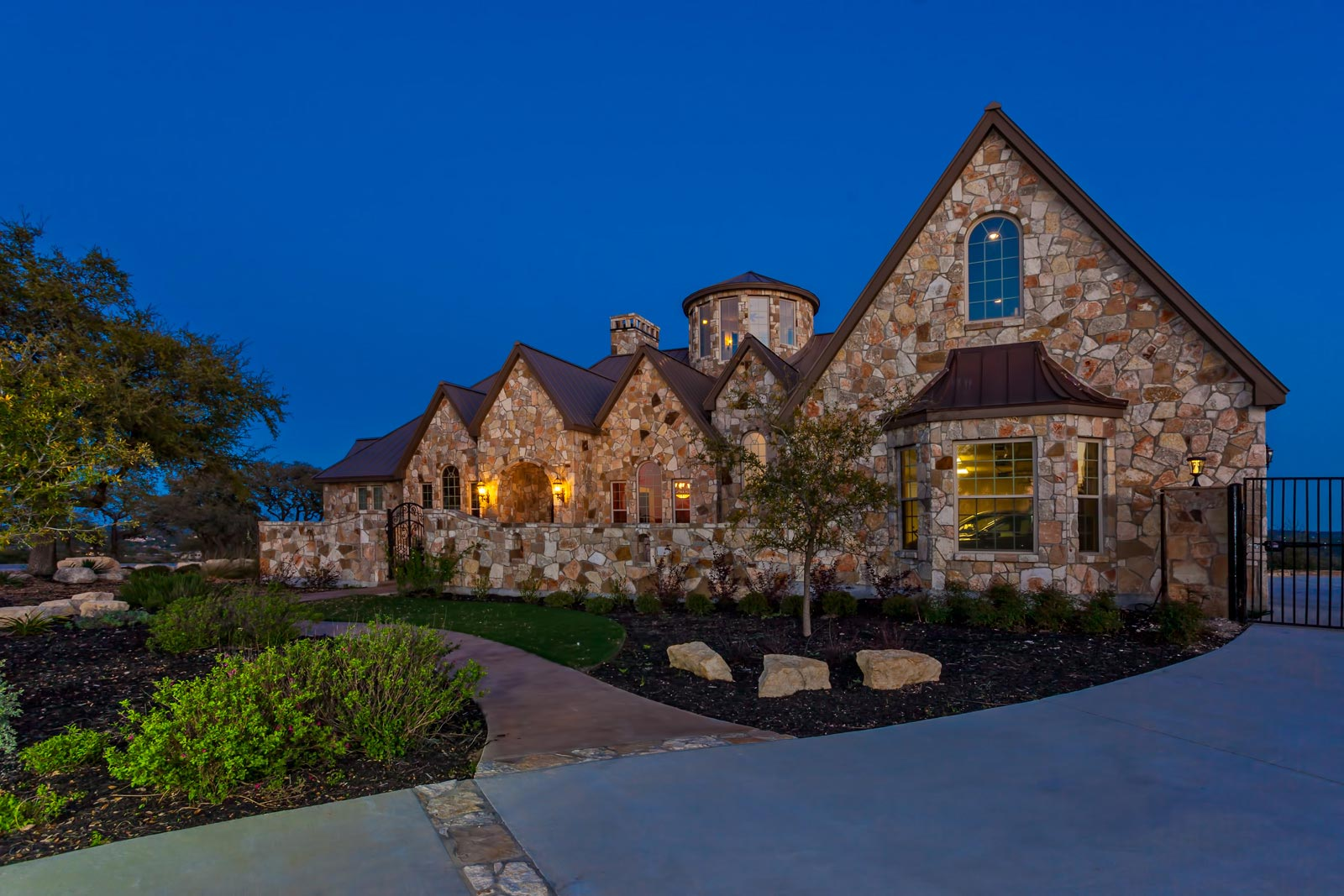 Front elevations custom home builder san antonio for Luxury home elevations